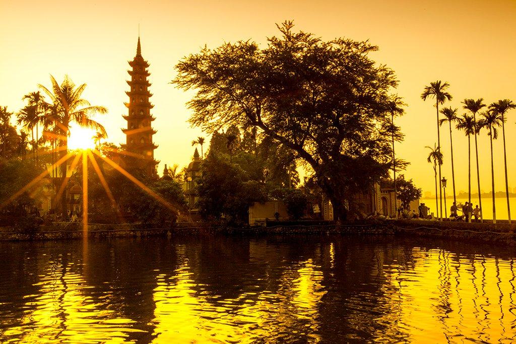 Tran Quoc Pagoda, Hanoi