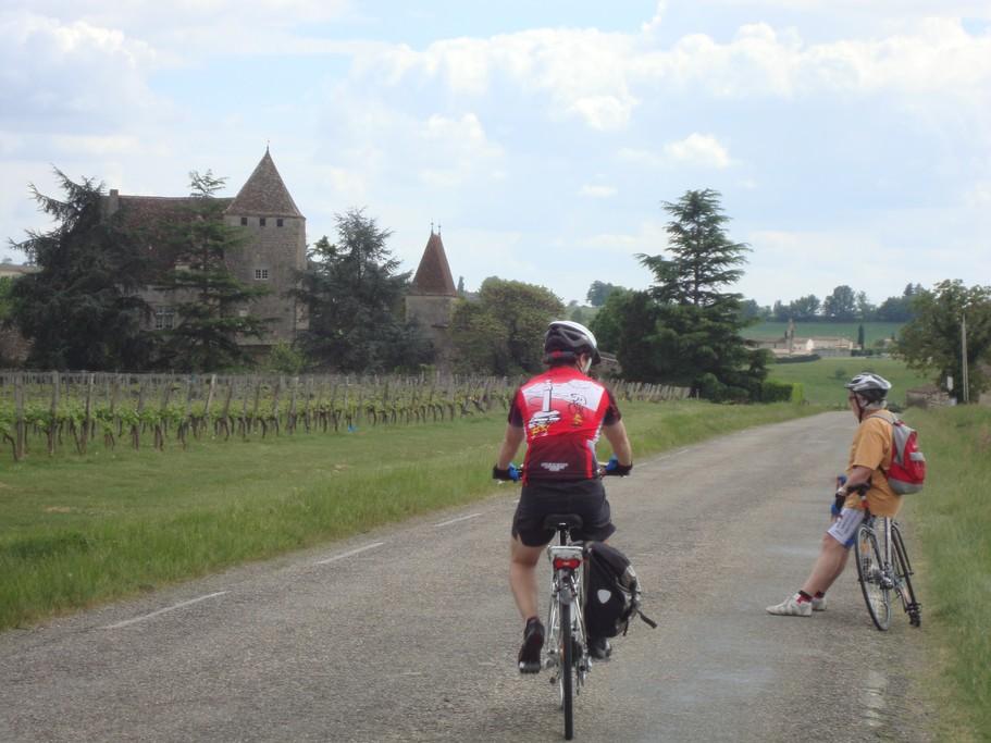 Biking through the Dordogne