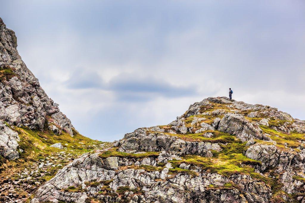 Hiking between Bergen's mountains