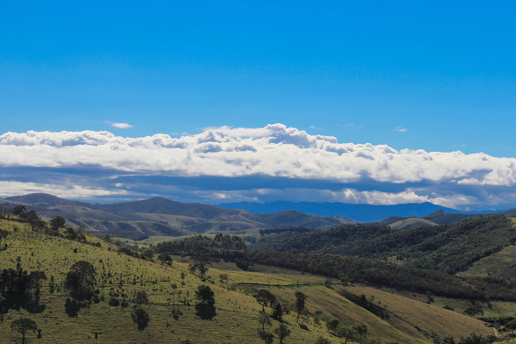 The lush valleys of the Serra da Mantiqueira Mountains