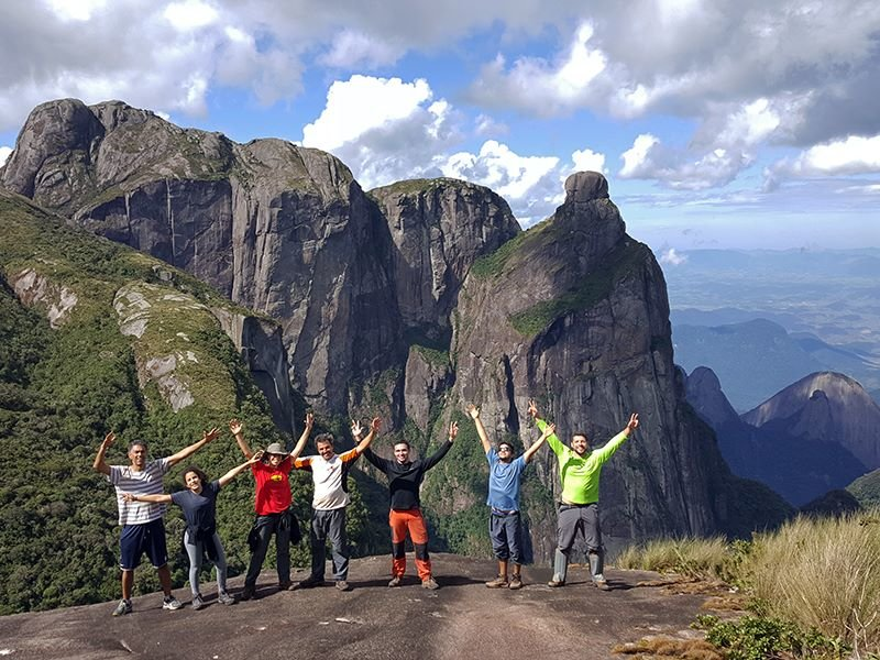 Celebrate reaching the summit of Morro do Dinossauro