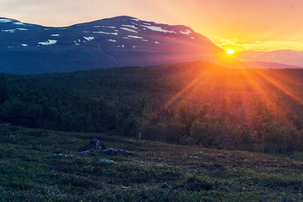 Midnight sun in summer, Abisko National Park
