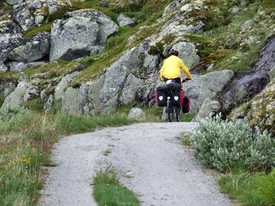 Cycling along the Rallarvegen