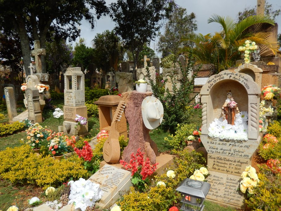 Colorful Colombian cemetery (photo courtesy of Bonnie Sibley)
