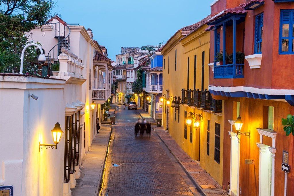 The streets of Cartagena are atmospherically lit, making for pleasant evening strolls.