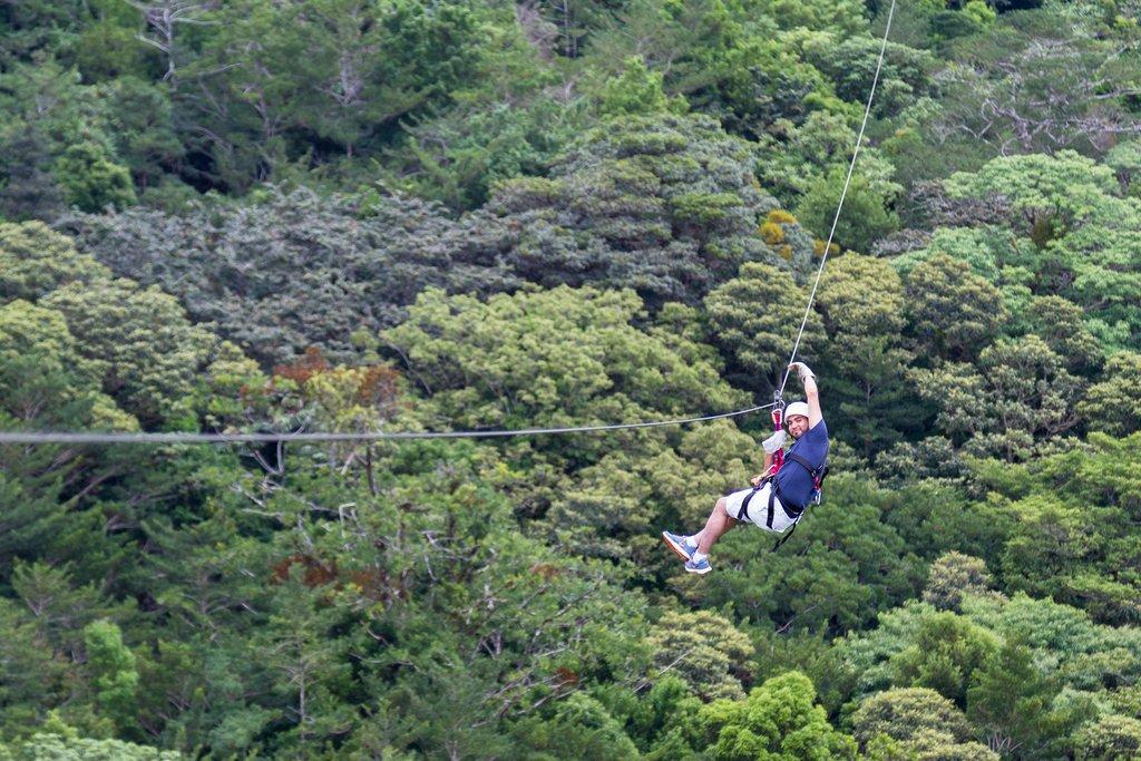 Ziplining, Costa Rica