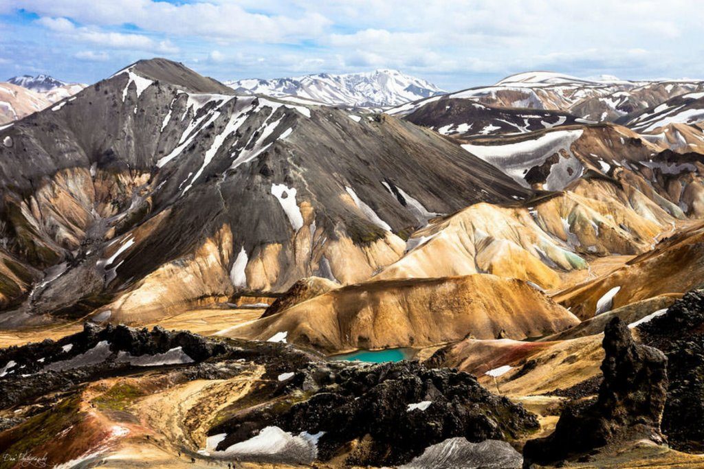 Colorful mountains and hidden lakes await you in the incredible Icelandic mountains