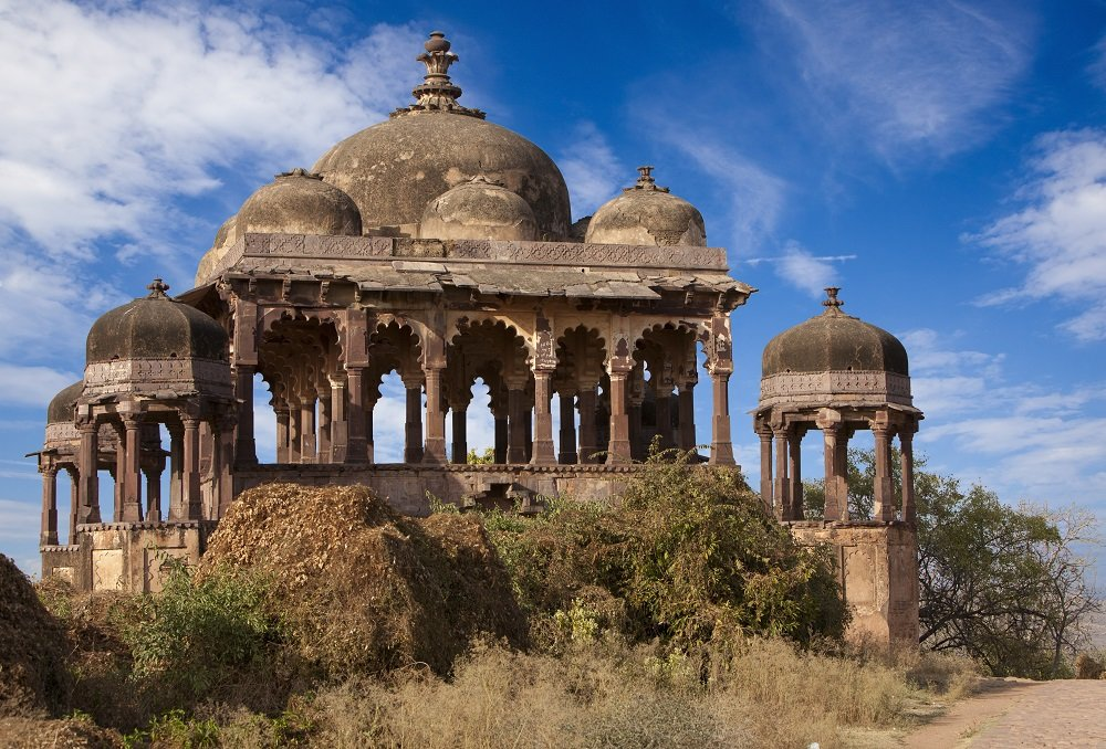 India's architecture is influenced by many ethnic and religious groups, the influences of which are seen in the well-preserved ruins