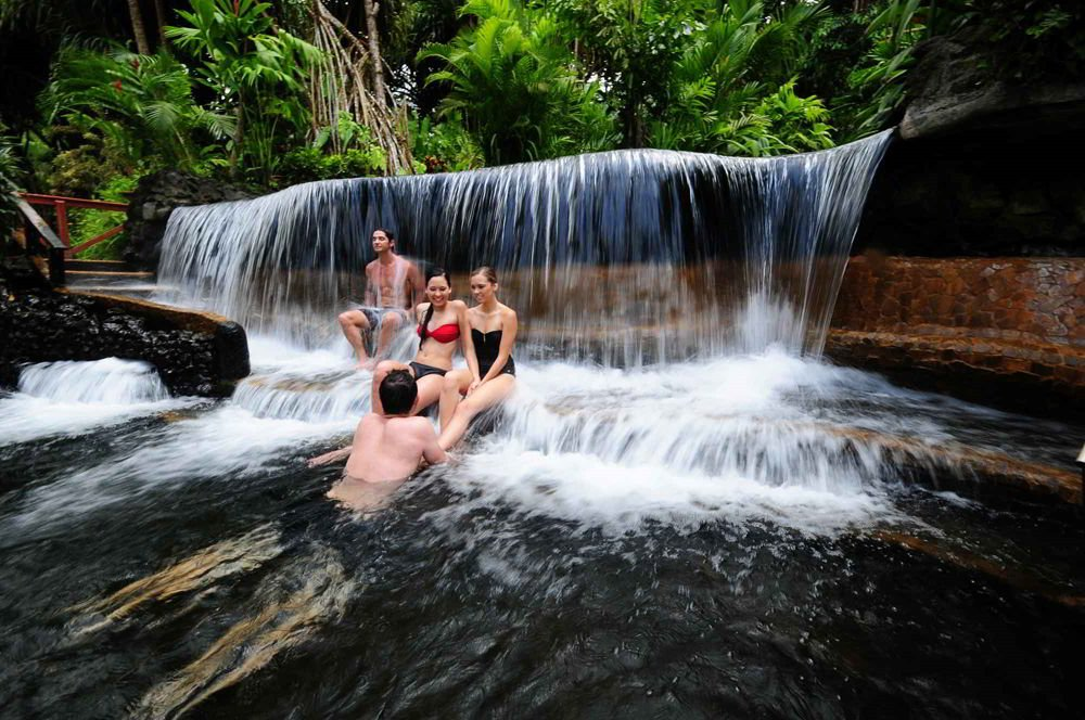 A natural hot spring in Arenal