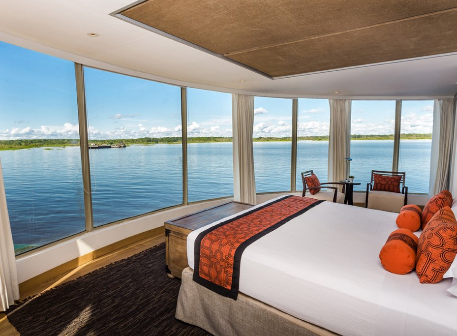 A luxury suite aboard the Delfin II (Photo courtesy of Delfin Amazon Cruises)