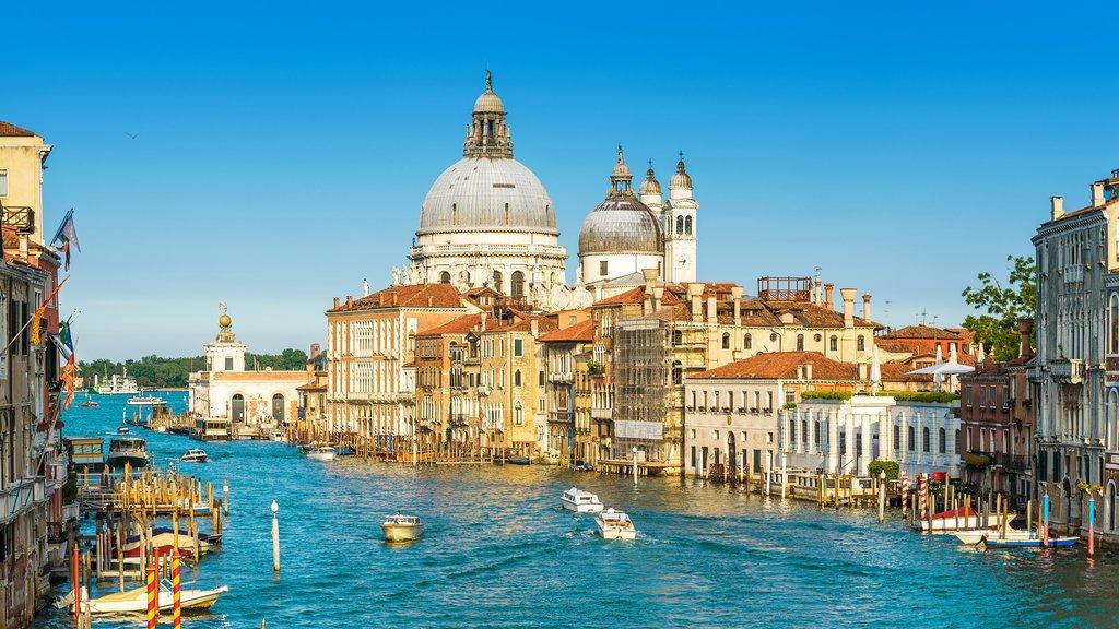 Grand Canal with Basilica Santa Maria della Salute