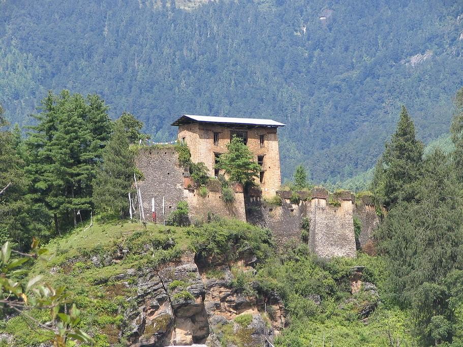 Drugyel Dzong ruins