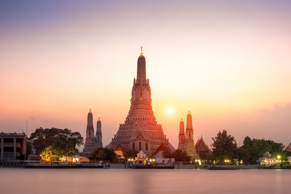 Wat Arun (Temple of Dawn) in Bangkok