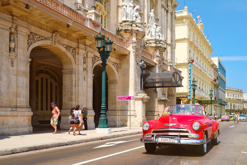 Classic car outside Gran Teatro, Habana