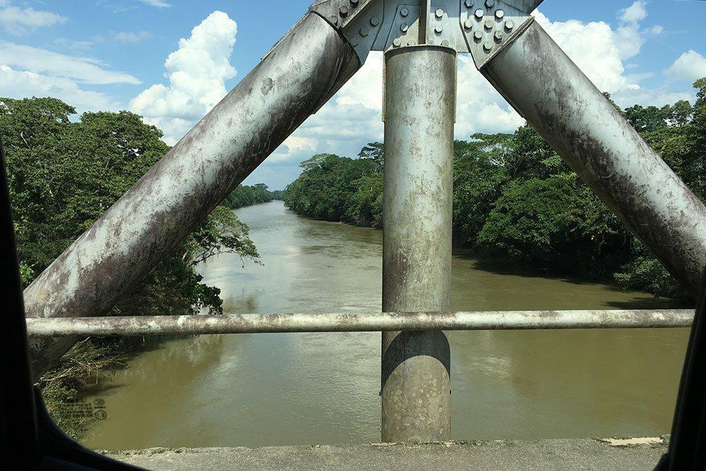 Rio Napo bridge