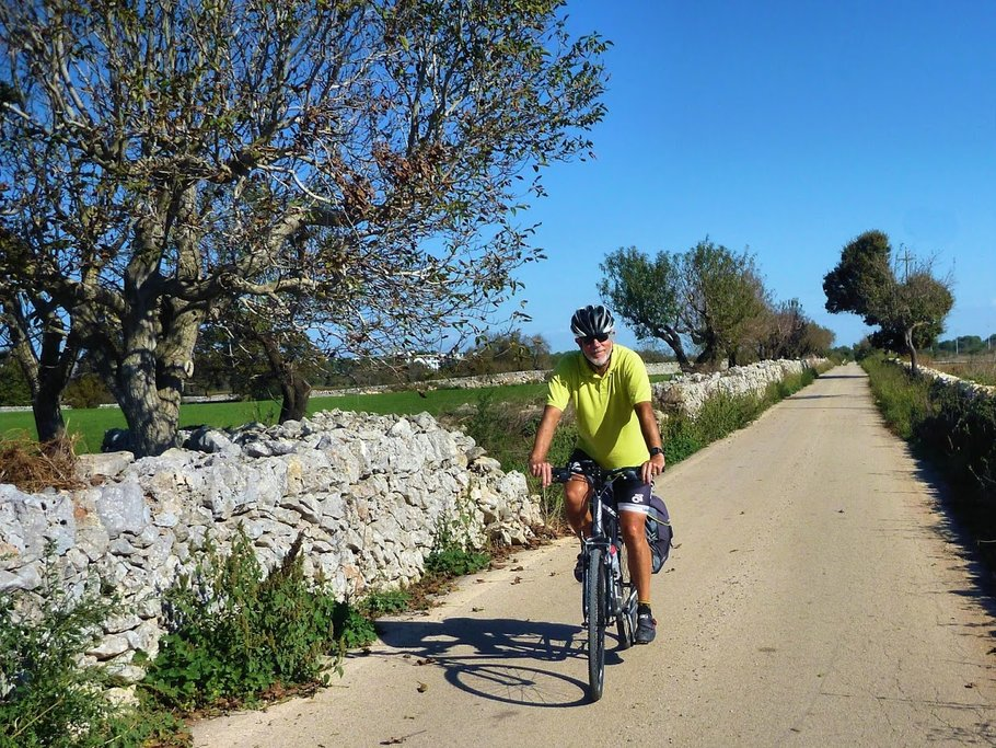 Cycling Corsica's narrow country lanes