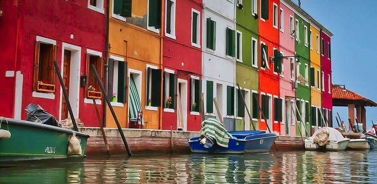 Kaleidoscopic buildings on the islands of Venice