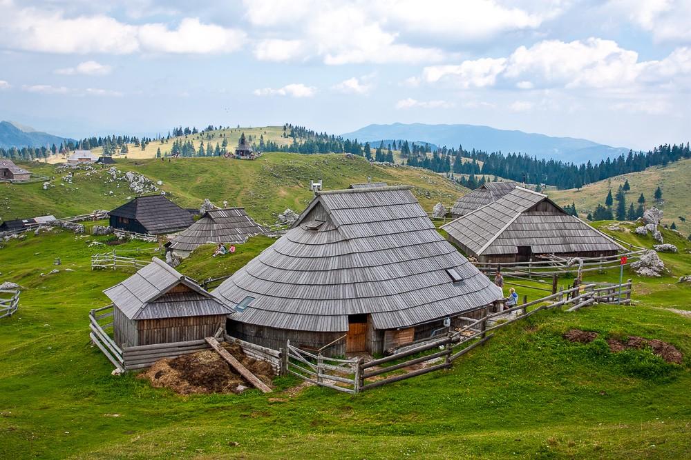 Traditional hut in Velika Planina