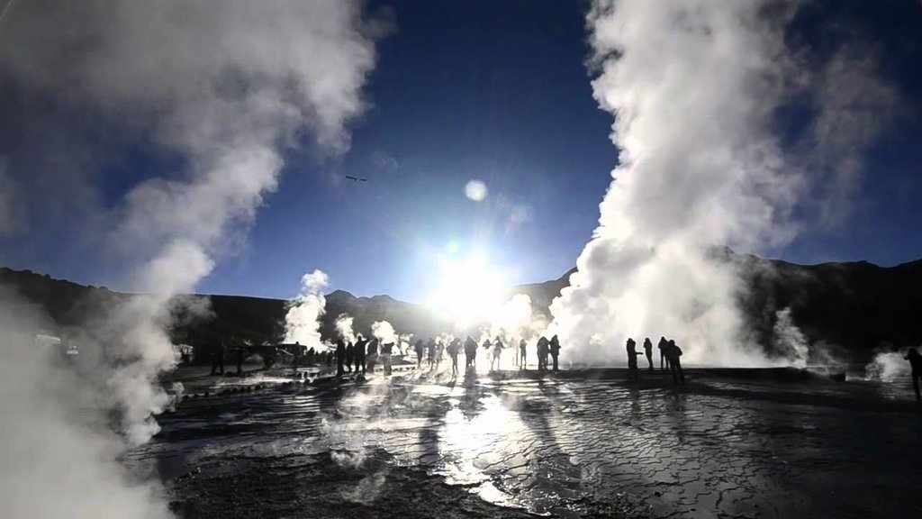 Enjoying the steamy Tatio Geysers