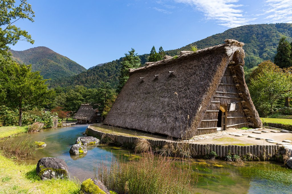 Gassho-zukuri farmhouses in Gokayama