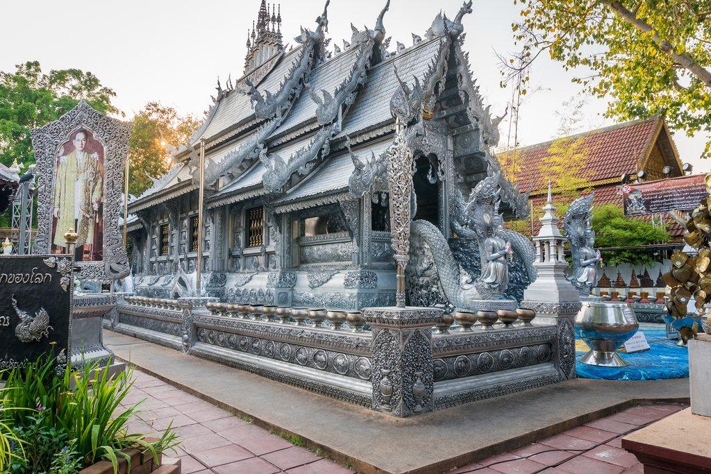 Wat Srisuphan (Silver Pagoda)