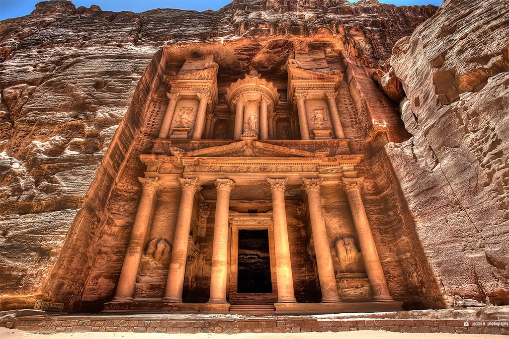 The Treasury of Petra as seen from the Siq