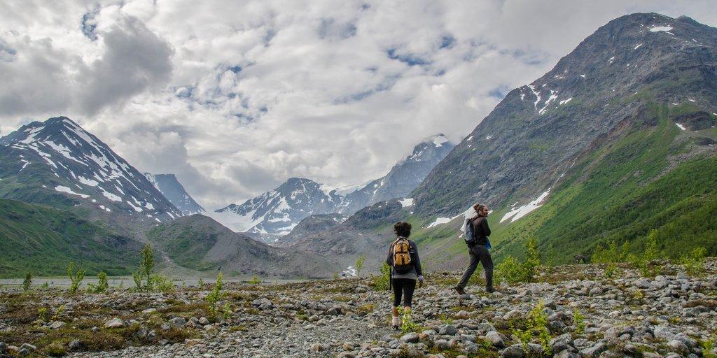 Hiking in Lyngsdalen