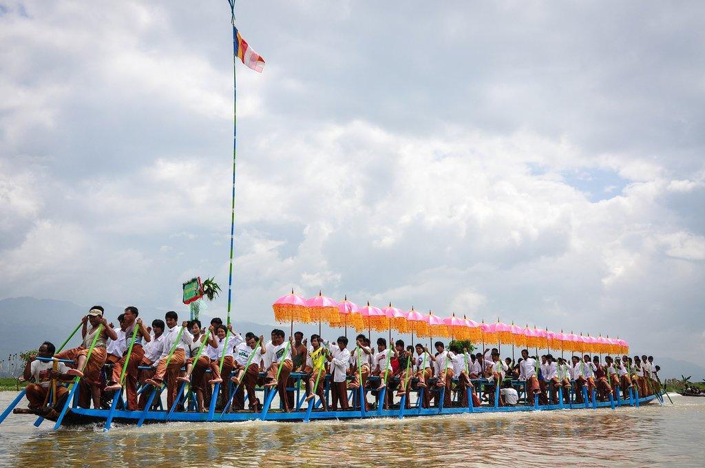Buddhist Phaung Daw U festival on Inle Lake