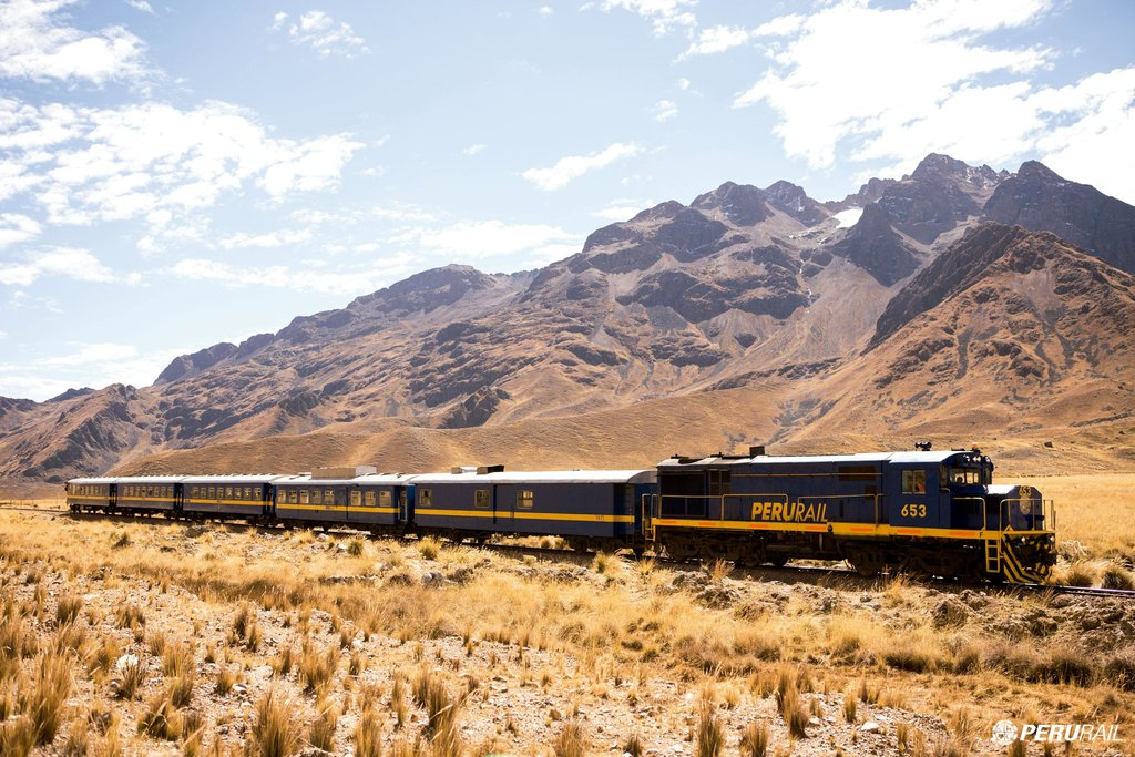 The Titicaca Train journeys through fabulous Andean scenery