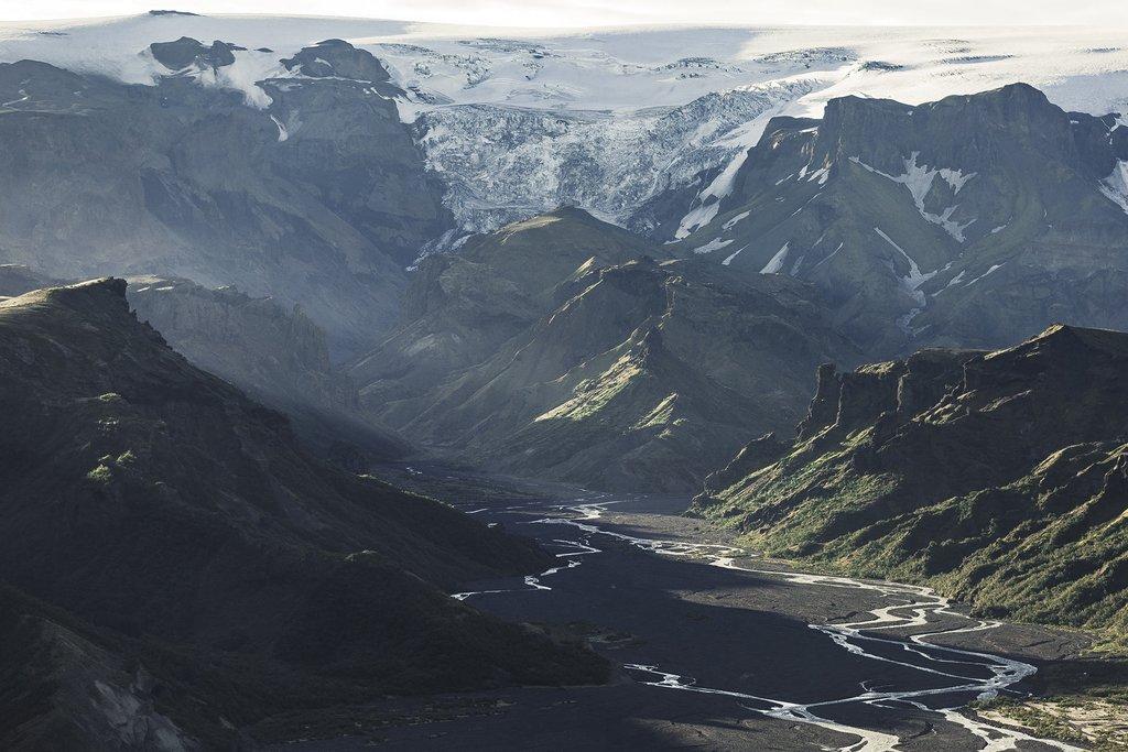 The canyons of Almenningarith