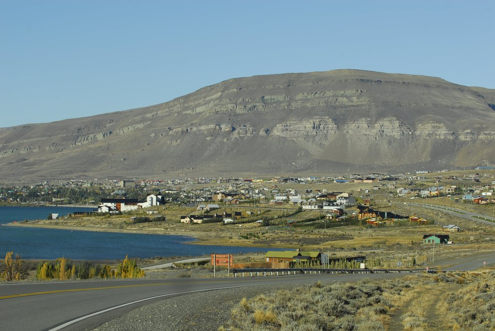 The road into El Calafate