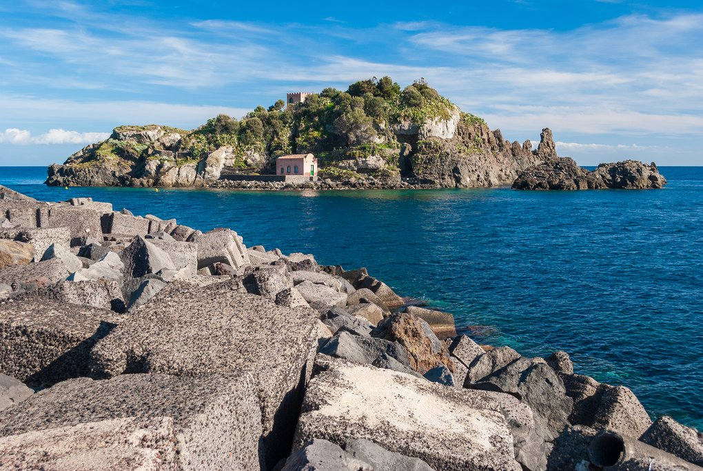 Enjoy the drive along the coastline of the Riviera dei Ciclopi