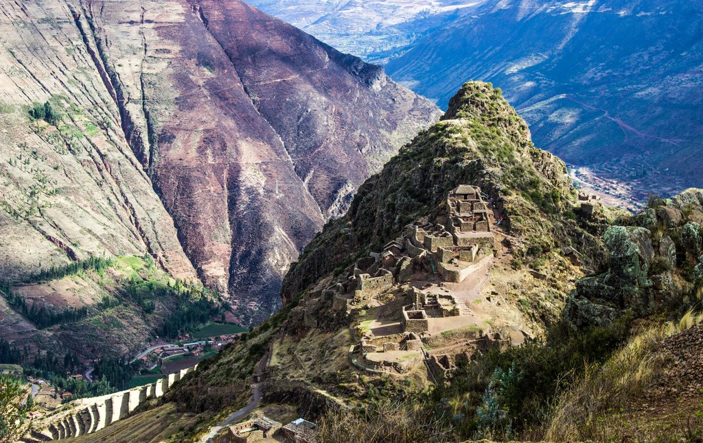The impressive ruins of Pisac © Kiki Deere