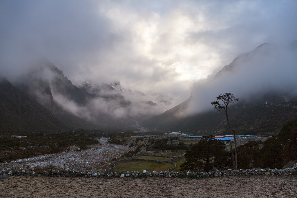 The village of Thame near Namche Bazaar