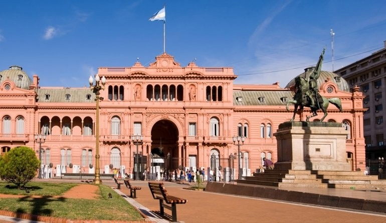 The Casa Rosada, located behind Plaza de Mayo, is the executive mansion of the President of Argentina.
