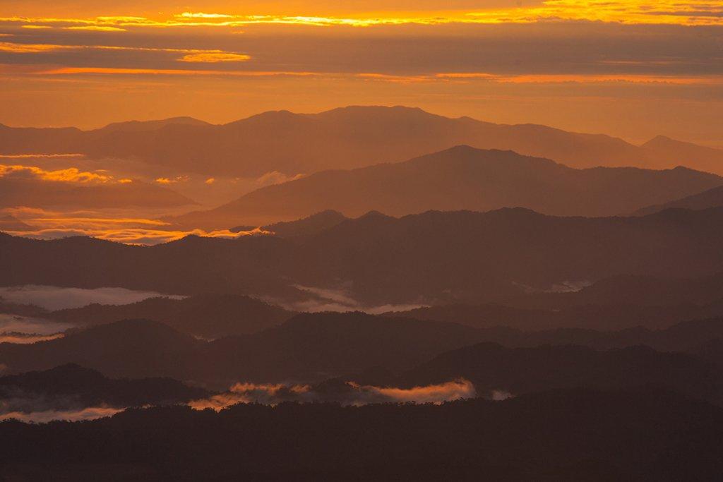 Sunrise at Mt Trusmadi