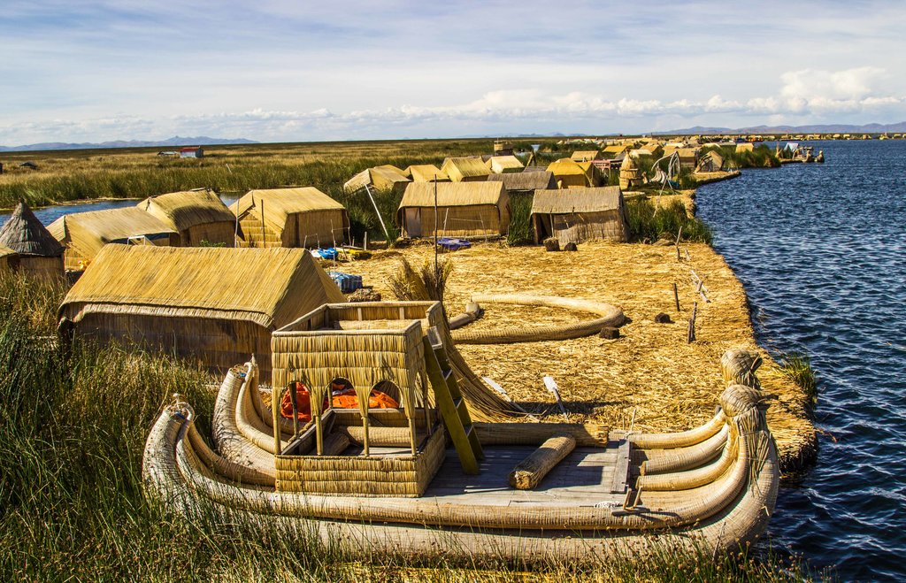 The floating islands of Lake Titicaca © Kiki Deere