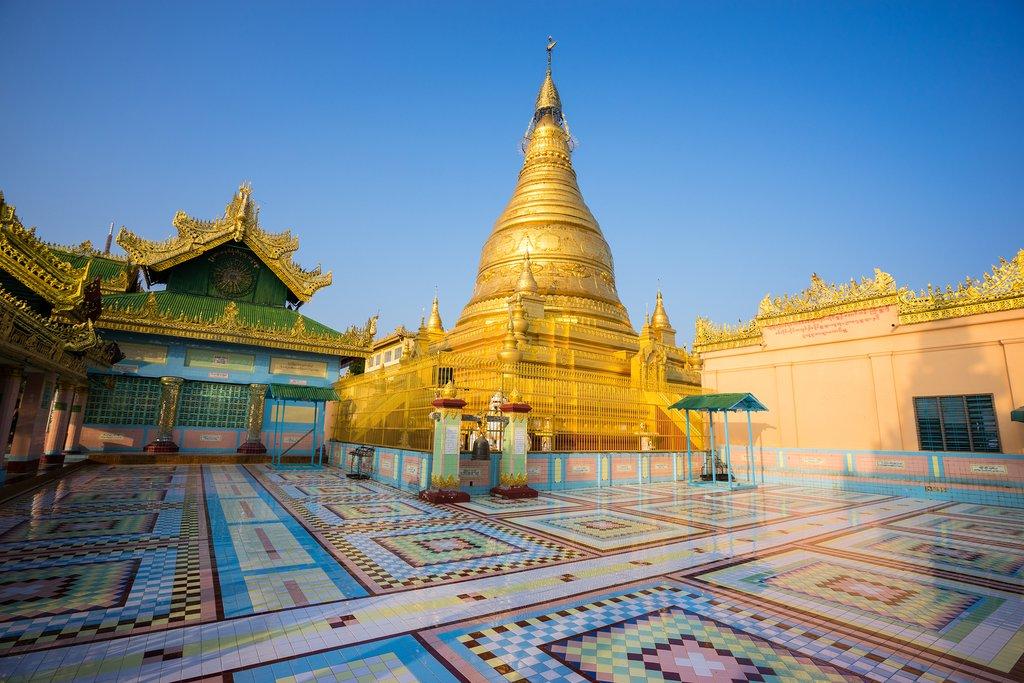 Soon Oo Ponya Shin Pagoda