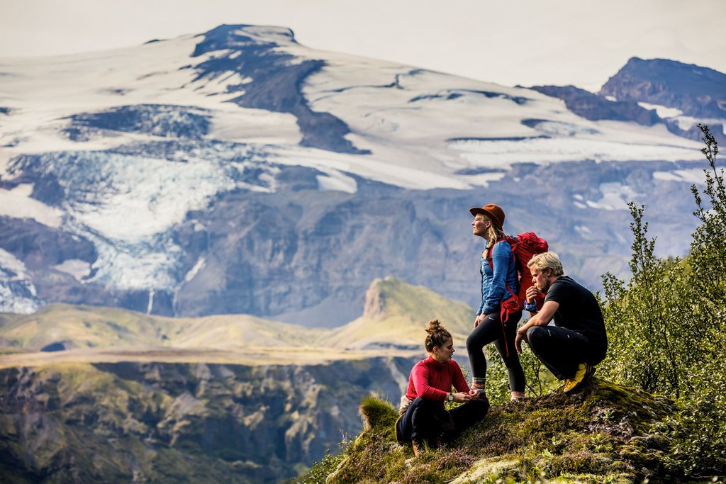Explore the magnificent landscape with friends and enjoy breathing the fresh mountain air