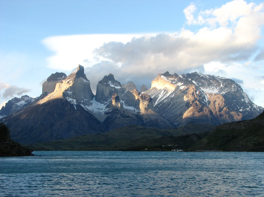 Torres del Paine lake view