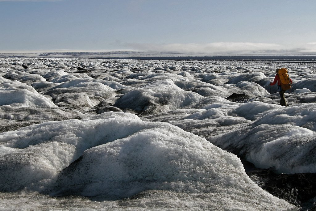 It takes an entire day to cross the ice of Skeiðarárjökull