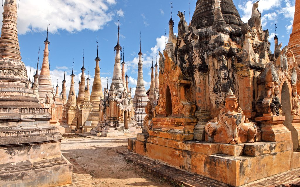Pagodas in Indein