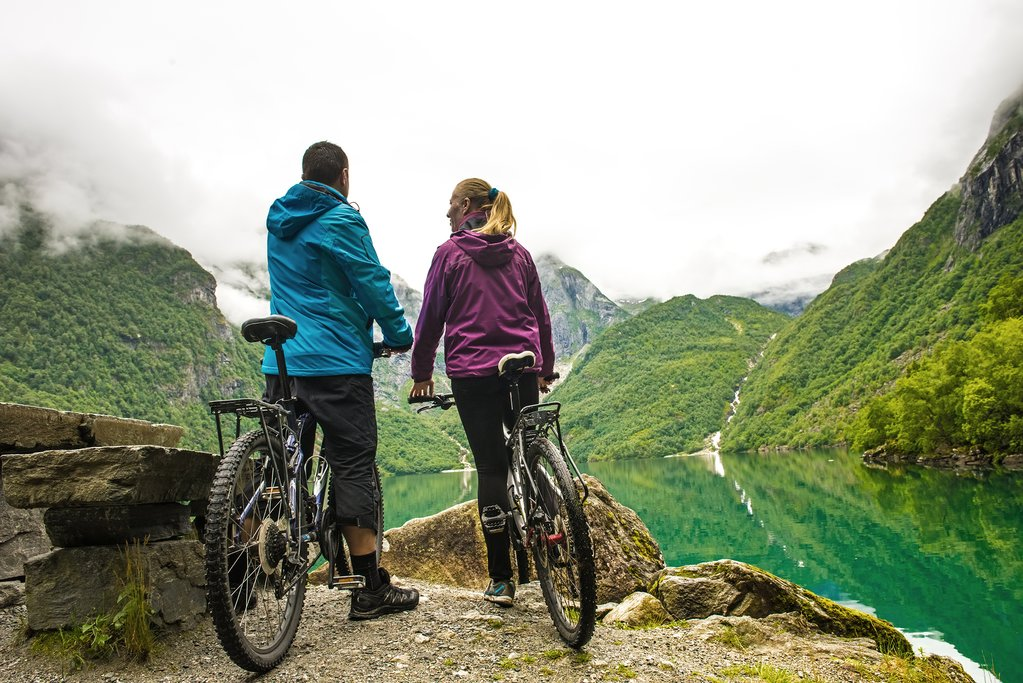 Rent mountain bikes and pick from a range of trails.