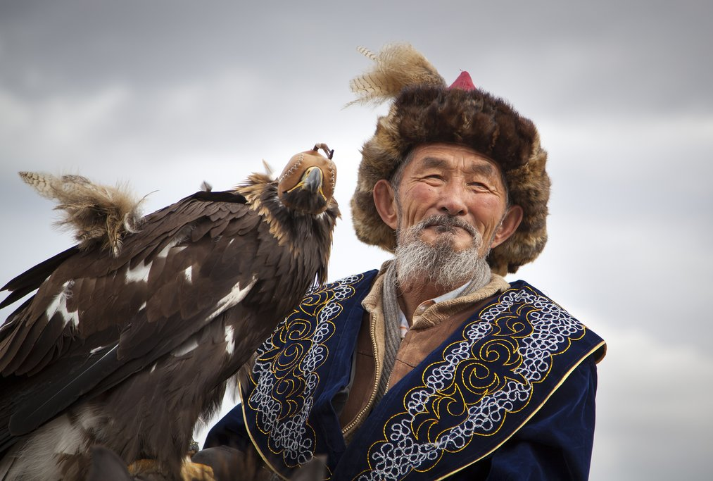 Eagle hunter near Bayan Olgii