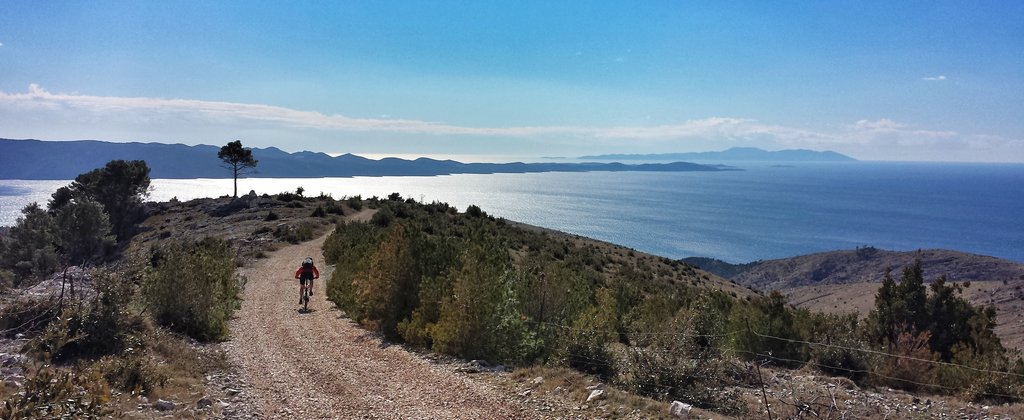 Cycling on Brač