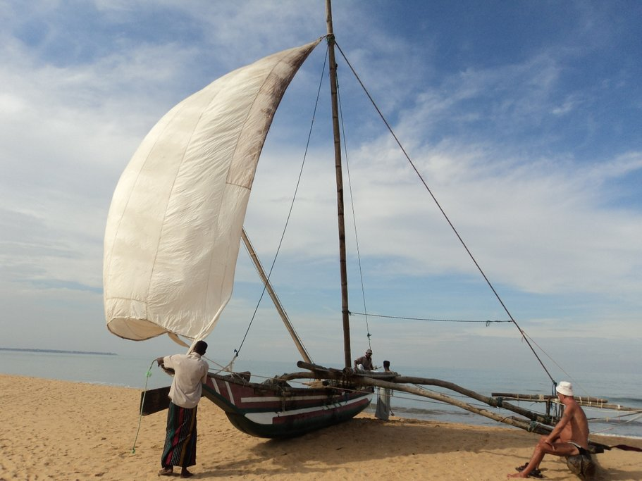 The oruwa, a traditional Sri Lanka boat, are still commonly used in the country.