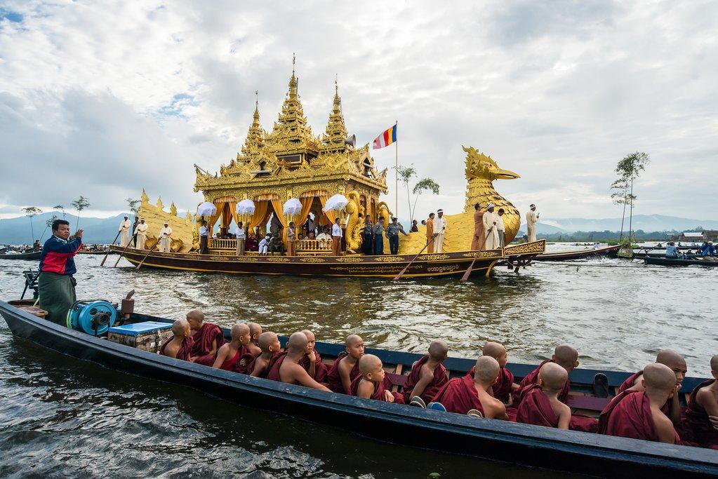 Phaung Daw Oo Pagoda festival at Inle Lake