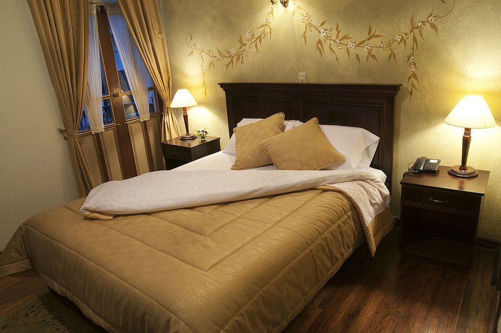 Guest room at Hotel Casa San Rafael, Cuenca