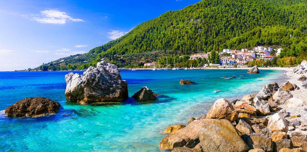 Coast of Skopelos near Neo Klima