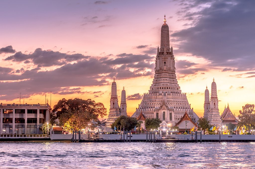Wat Arun Ratchawararam - Temple of Dawn